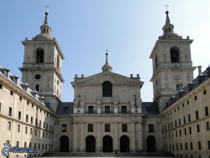 El Escorial, courtyard, towers