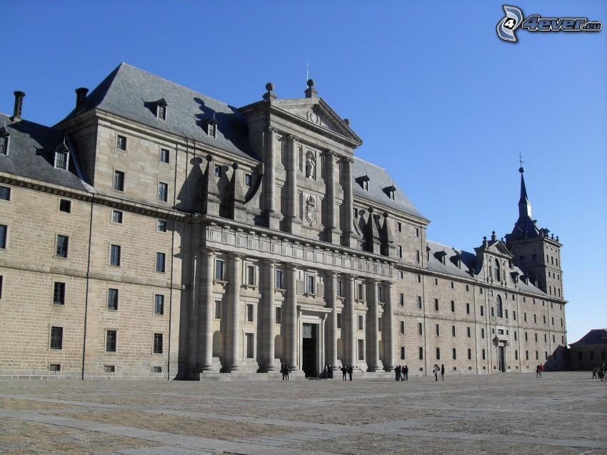 El Escorial, square