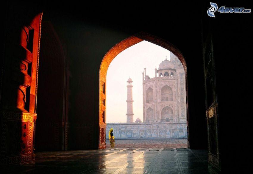 gate, India, woman, pavement