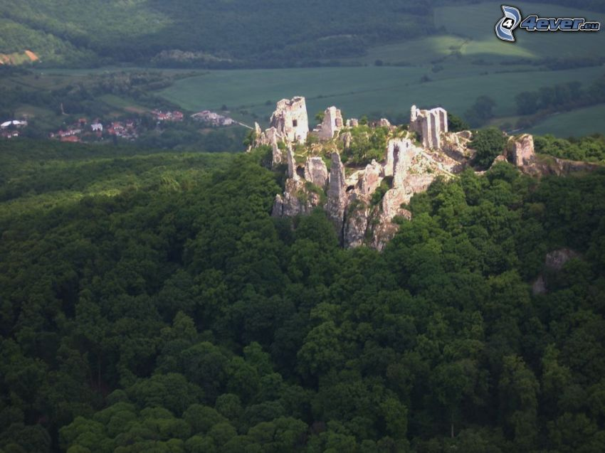 Gýmeš Castle, ruins, forest, village in the valley