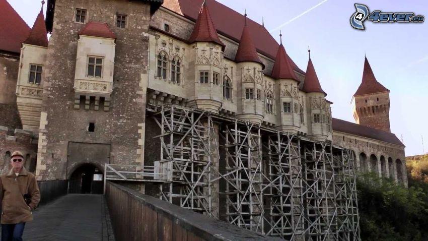 Hunyad, scaffolding