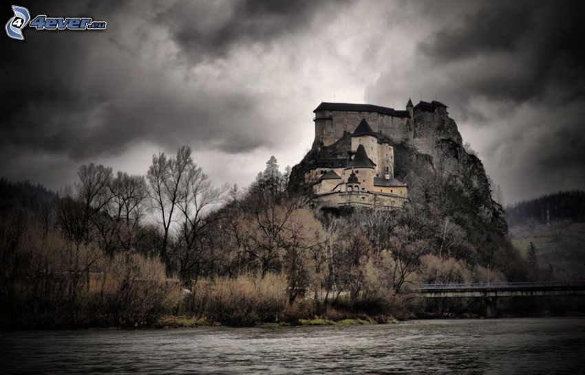 Orava Castle, River, rock