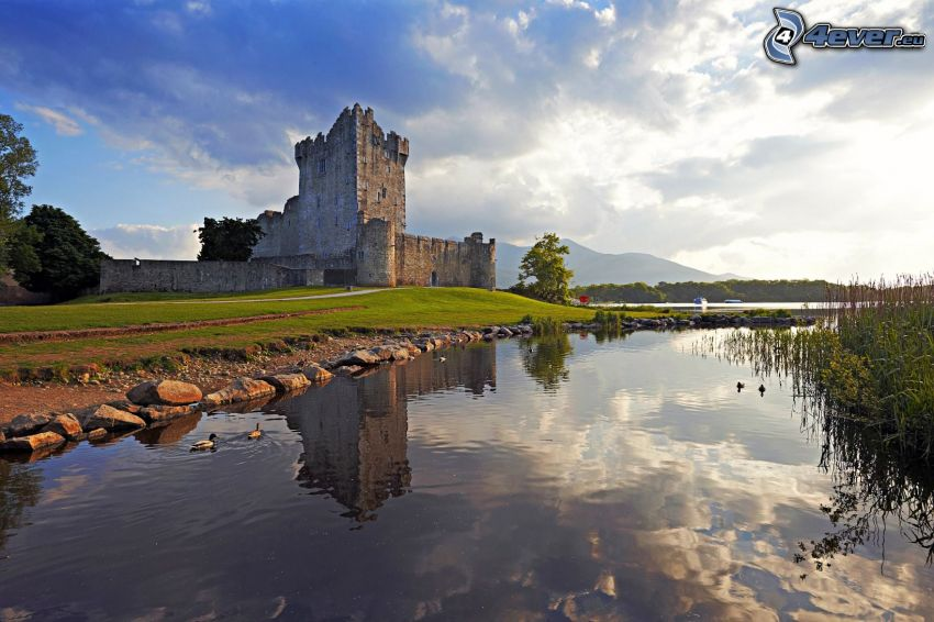 Ross Castle, lake, reflection, clouds