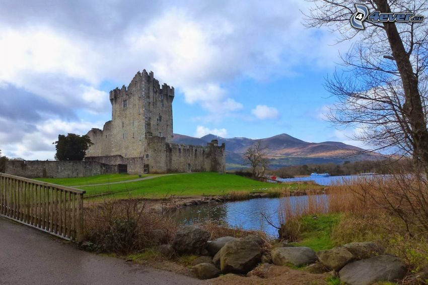 Ross Castle, mountain, River