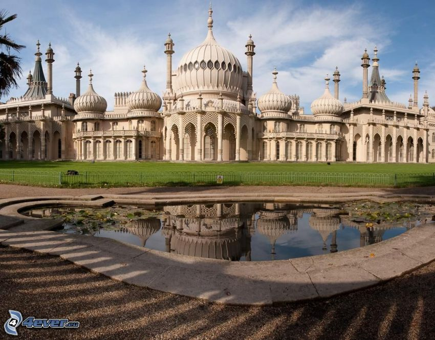 Royal Pavilion, lake, lawn
