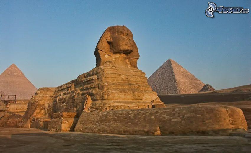 Sphinx, pyramids