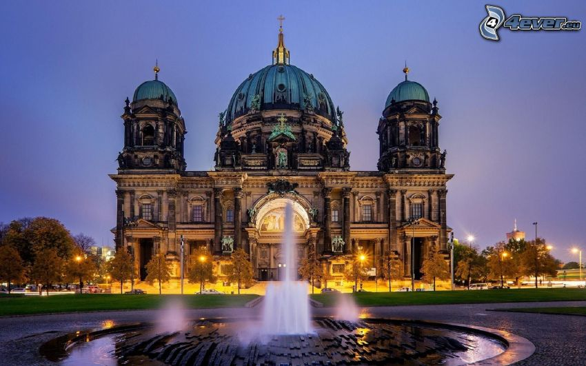 synagogue, Berlin, Germany, fountain, lighting