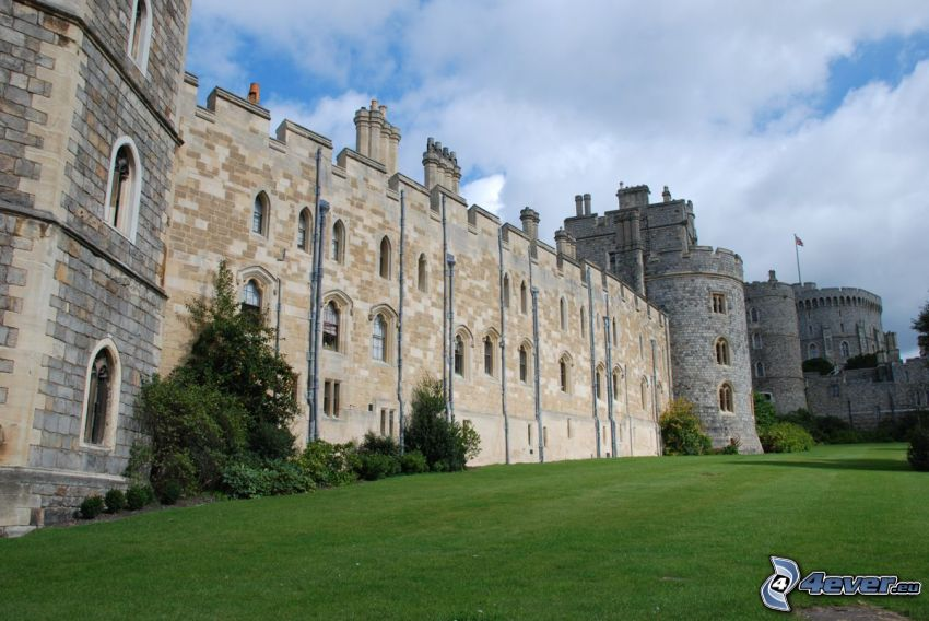 Windsor Castle, lawn