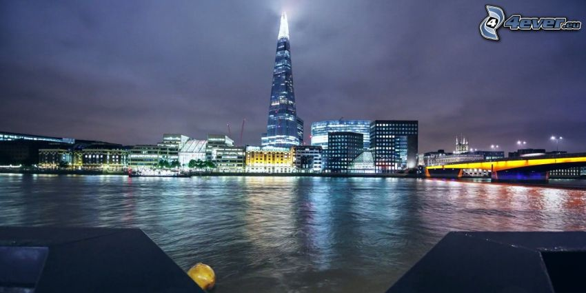 The Shard, London, night city