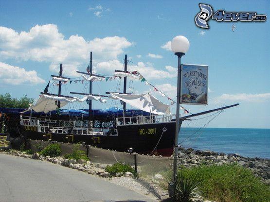 restaurant, ship