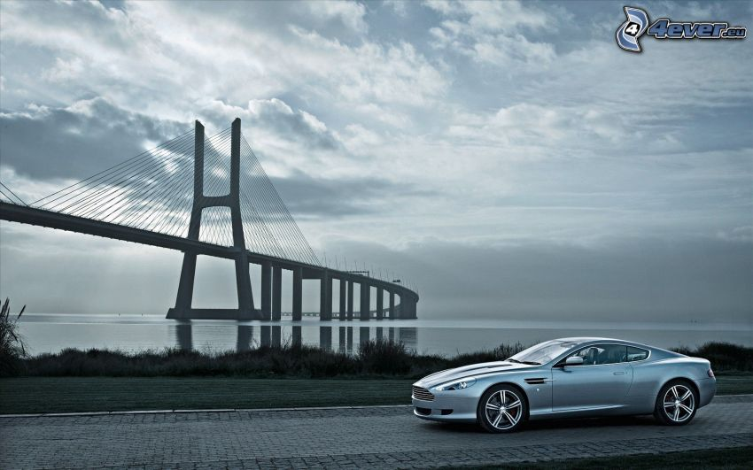 Aston Martin DB9, bridge