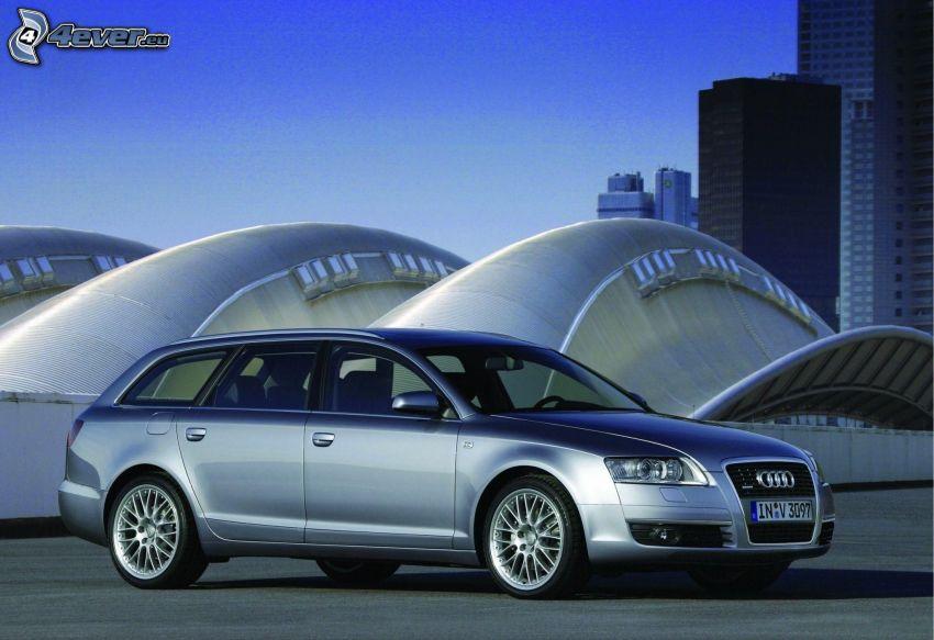 Audi A6, building