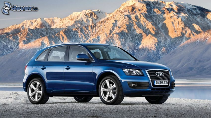 Audi Q5, rocky mountains
