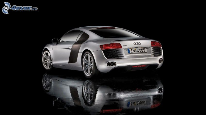 Audi R8, reflection