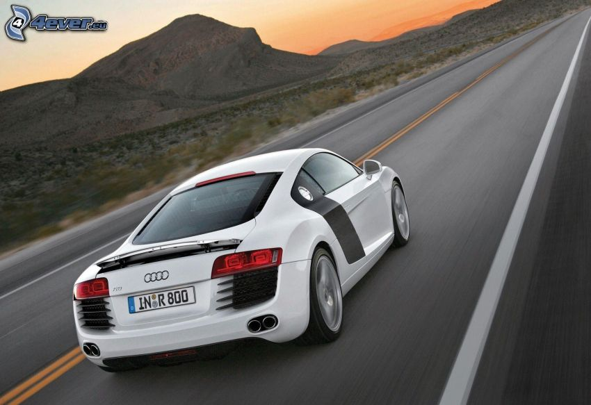 Audi R8, speed, straight way