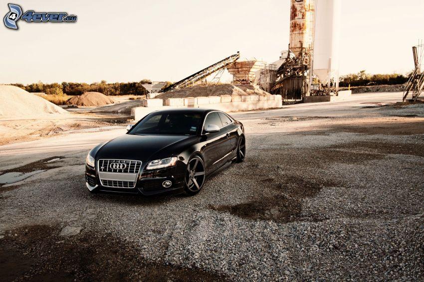 Audi S5, construction site
