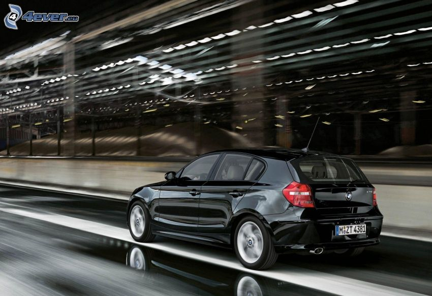 BMW 1, speed