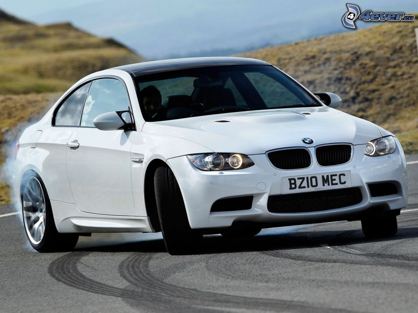 BMW M3, drifting