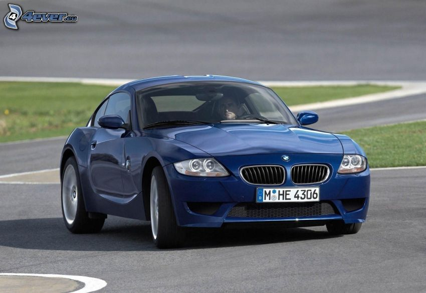BMW Z4, racing circuit