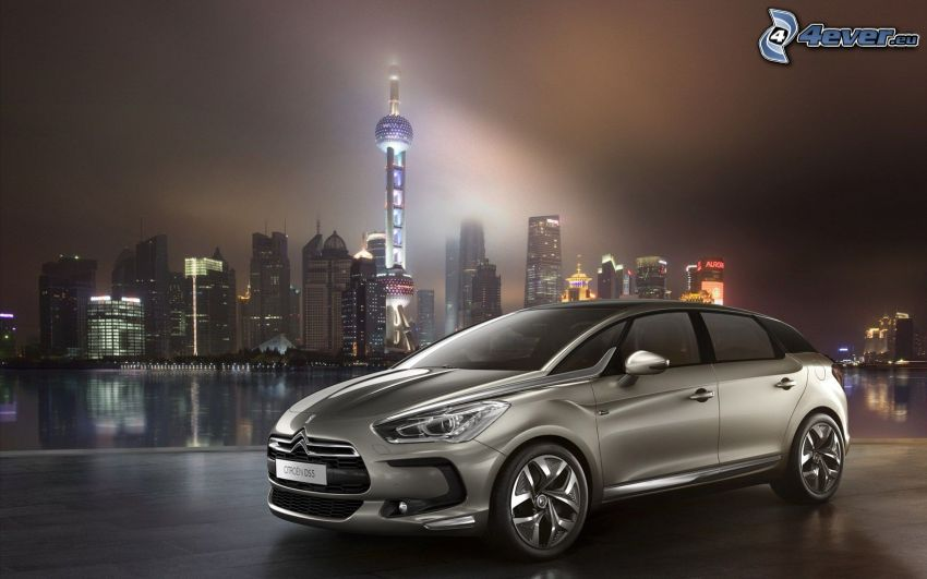 Citroën DS5, Shanghai, night city, skyscrapers
