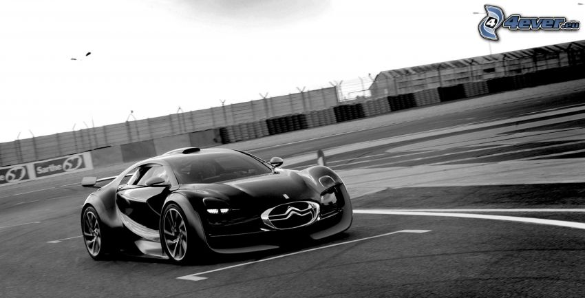 Citroën Survolt, black and white photo