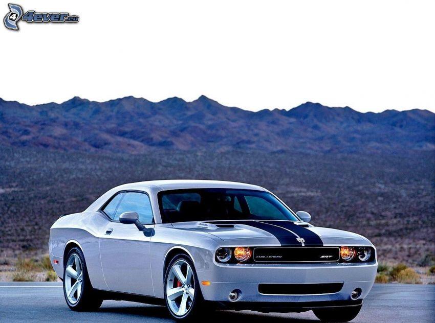 Dodge Challenger, hills