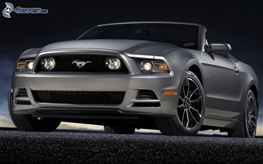 Ford Mustang GT, convertible