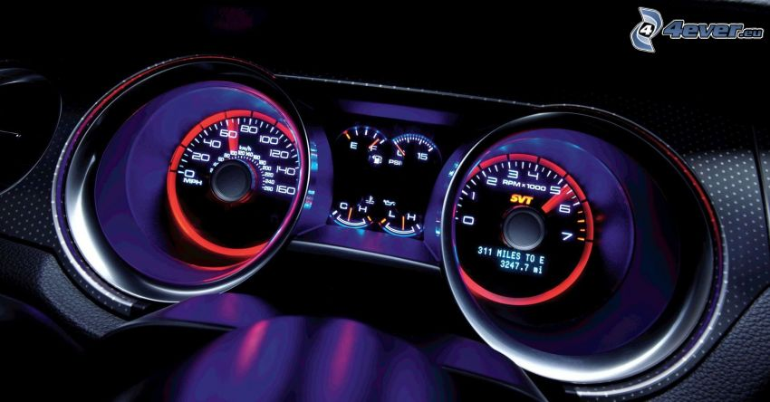 Ford Shelby GT500KR, tachometer