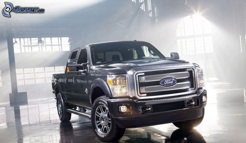 Ford Super Duty, garage