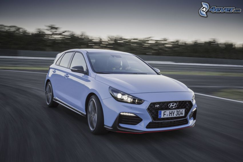 Hyundai i30, road, speed