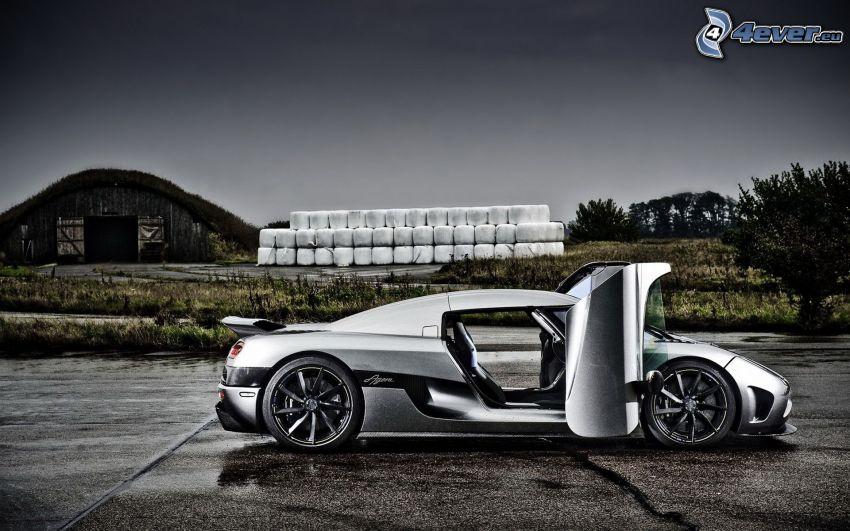 Koenigsegg CC, door