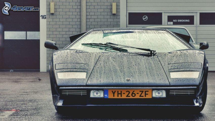Lamborghini Countach, rain