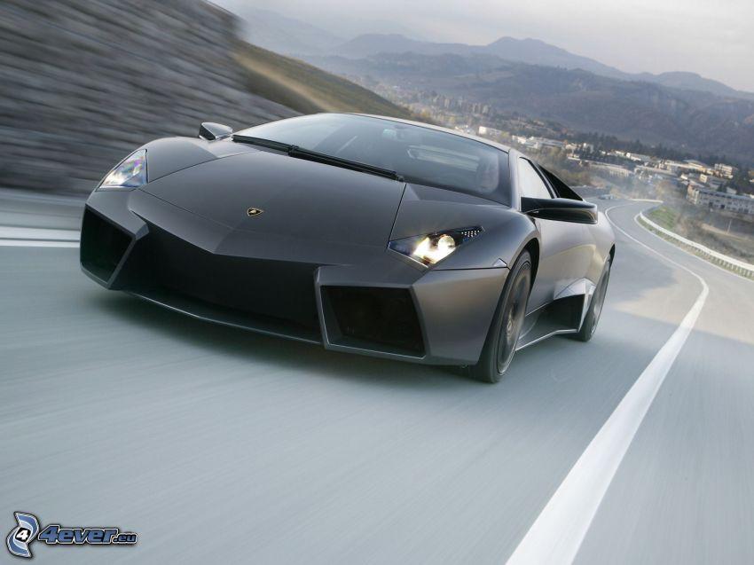 Lamborghini Reventón, road