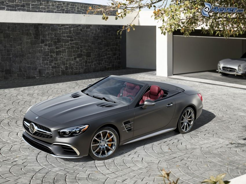 Mercedes SL, convertible, garage