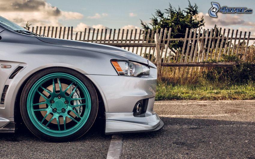 Mitsubishi Lancer Evolution, front grille, wheel, palings