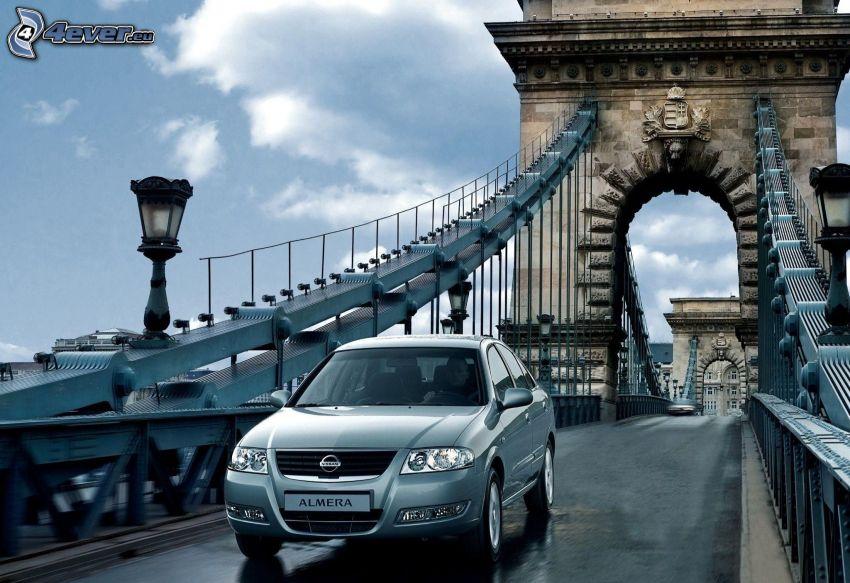 Nissan Almera, bridge, Budapest