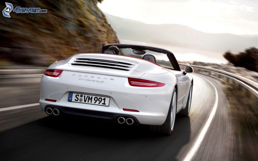 Porsche 911 Carrera S, speed