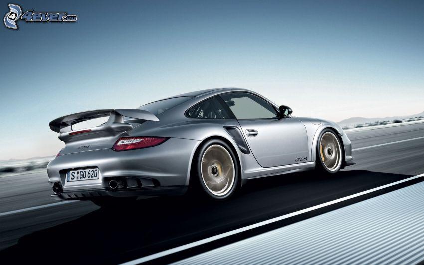 Porsche 911 GT2, road