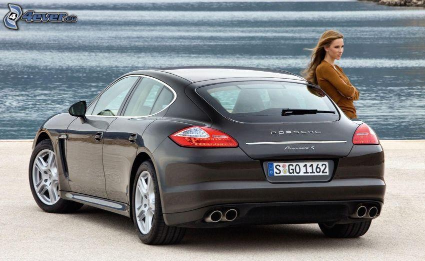 Porsche Panamera, woman