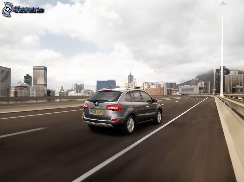 Renault Koleos, speed, city
