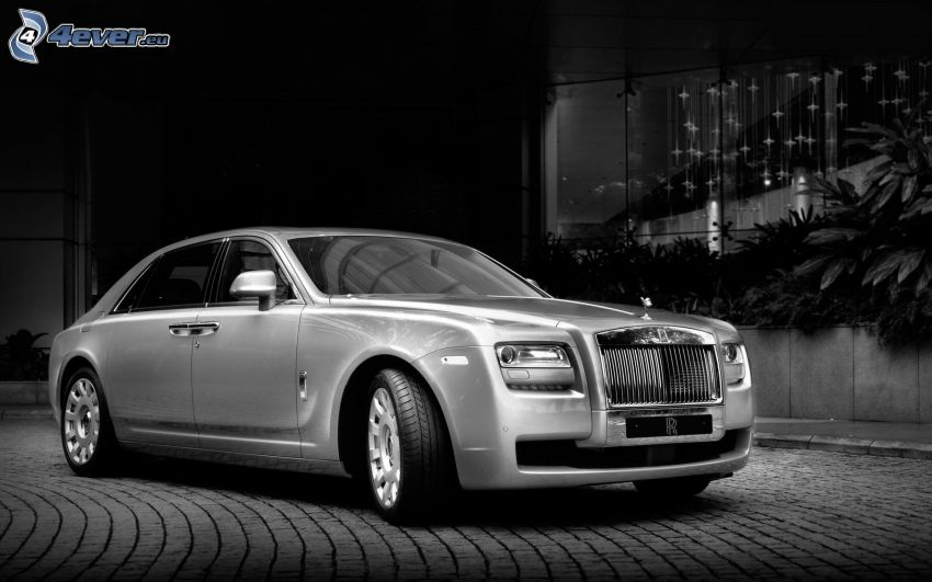 Rolls Royce Ghost, black and white