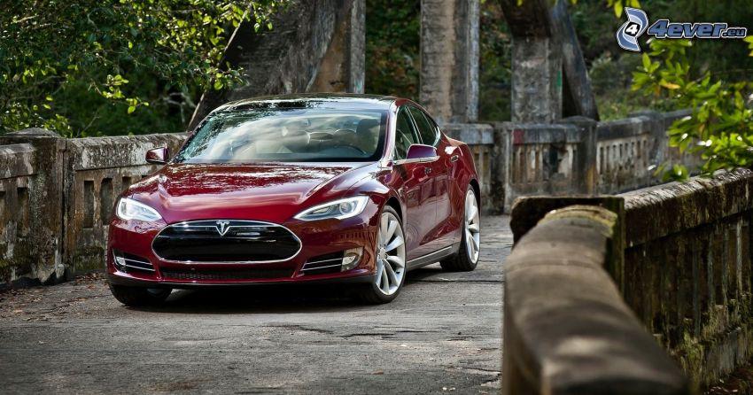 Tesla Model S, electric car, stone bridge