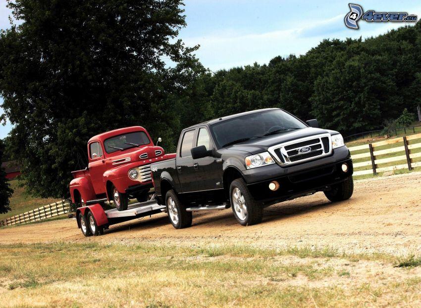 Ford F150 raptor, pickup truck, oldtimer