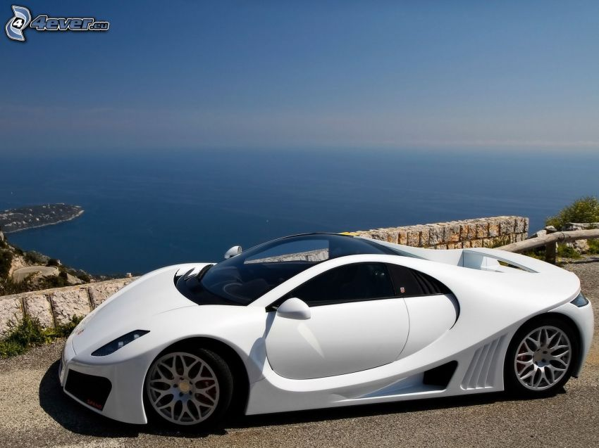 GTA Spano, the view of the sea