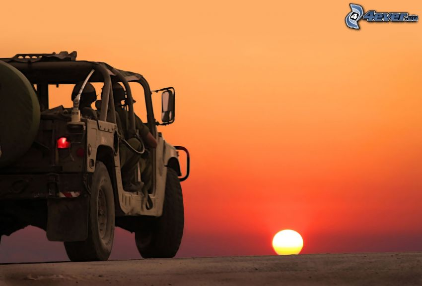 Hummer H1, Army, sunset