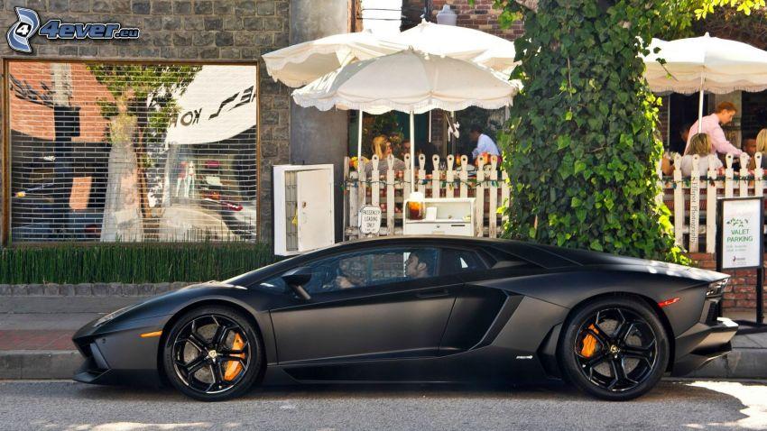 Lamborghini Aventador, street