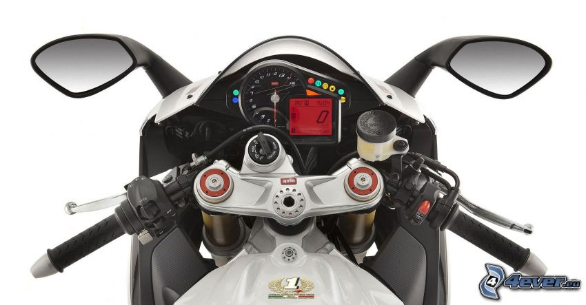Aprilia RSV4, tachometer, rear view mirror