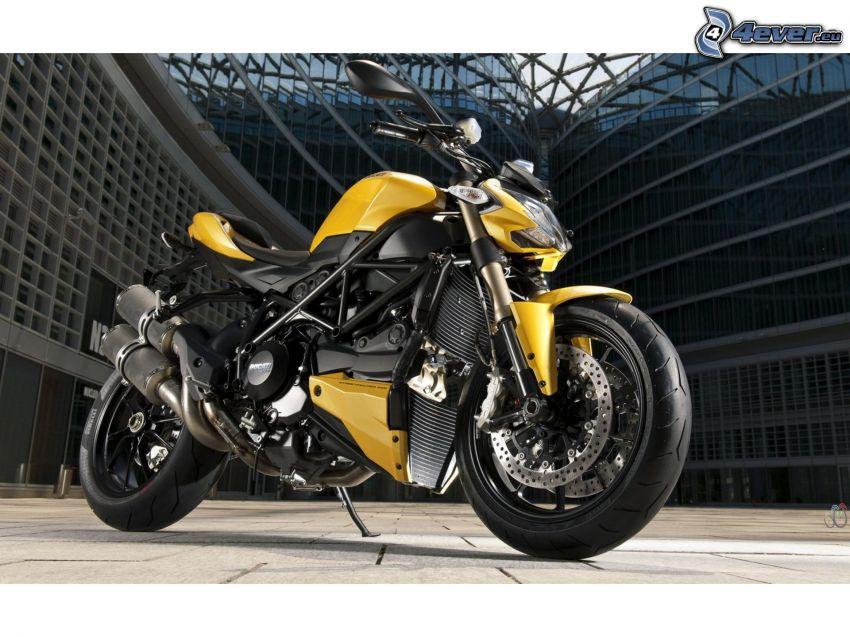 Ducati Streetfighter, building