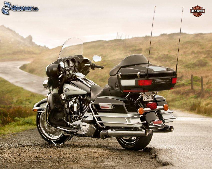 Harley-Davidson, road