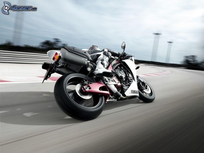 Yamaha R1, speed, road curve